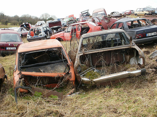 What are the places that buy scrap cars for cash?
